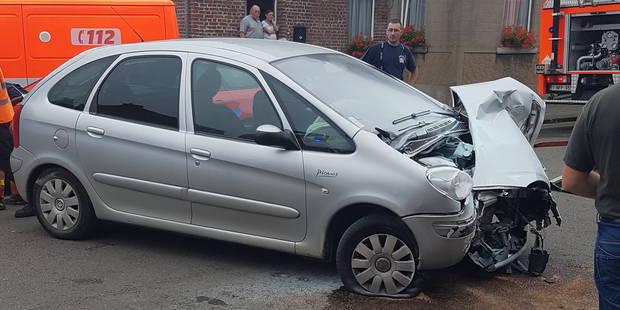 Une automobiliste sérieusement blessée à Gozée - La DH