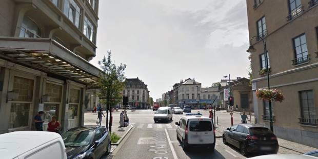 Bruxelles: un automobiliste renverse un cyclomotoriste avant de prendre la fuite - La DH