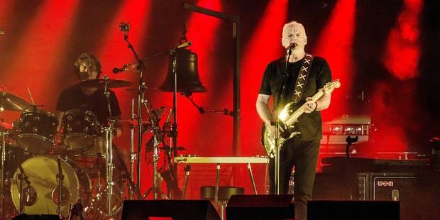 David Gilmour (Pink Floyd), the best of guitare sur la Grand-Place de Tirlemont - La DH
