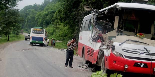 Neuf morts et 31 blessés dans un accident de bus au Népal - La DH