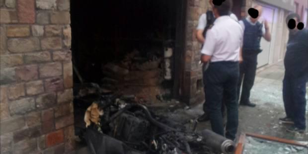 Une habitation endommagée par une explosion à Gosselies: un blessé léger (PHOTOS) - La DH