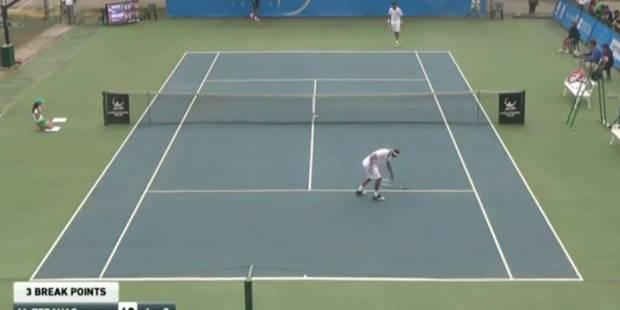 Bemelmans réussit un coup droit gagnant... et balance sa raquette ! (VIDEO) - La DH