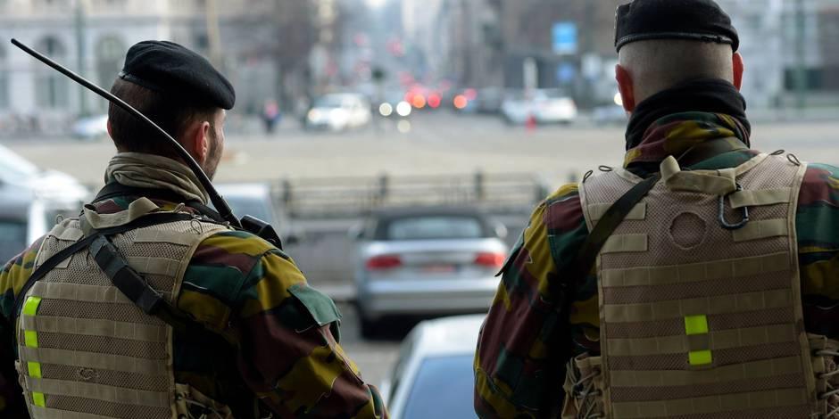 """Le """"ras-le-bol"""" croît parmi les militaires déployés en rue"""
