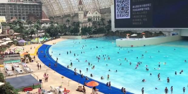 """Chine: des fausses vacances à la mer sous le toit du """"plus grand bâtiment du monde"""" - La DH"""