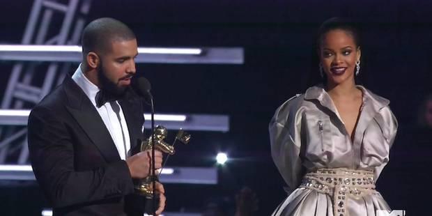 Drake déclare son amour à Rihanna - La DH