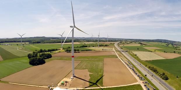Bientôt des éoliennes sur les aires d'autoroutes? - La DH