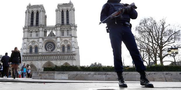 Bonbonnes de gaz à Paris: deux couples en garde à vue, deux femmes recherchées - La DH