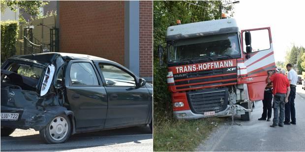 Florennes: un camion, bus et voiture impliqués dans un accident - La DH