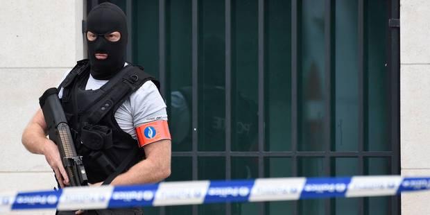 Terrorisme: 2 arrestations lors de 3 perquisitions menées à Haeren, Schaerbeek et Liège - La DH