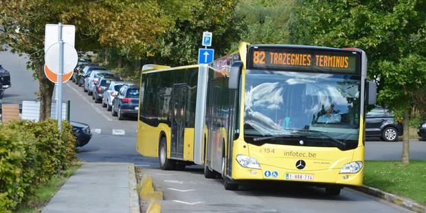 La Louvière : il trébuche et se fait percuter par un bus - La DH