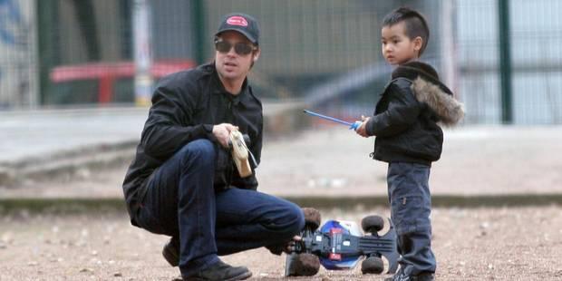 La police nie enquêter sur le comportement de Brad Pitt avec ses enfants - La DH