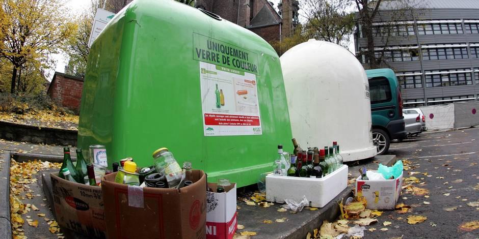 Schaerbeek: il balance deux grenades dans une bulle à verre
