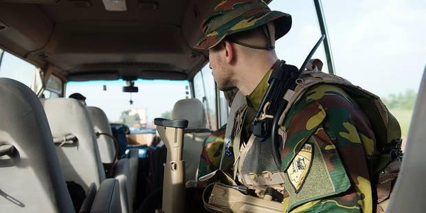 En mission avec les militaires au Mali: chacun porte son uniforme mais on est tous européens (PHOTOS) - La DH