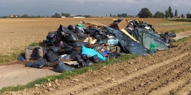 30 tonnes de déchets déversés à Fexhe-le-Haut-Clocher - La DH