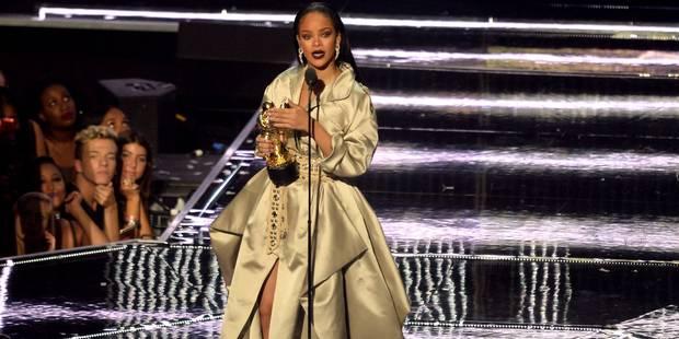 Le nouveau look de Rihanna va vous étonner (PHOTO) - La DH