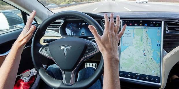 Tesla passe au 100 % autonome - La DH