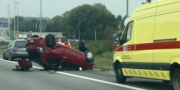 Nouvel accident sur le ring extérieur à hauteur d'Asse (PHOTOS) - La DH