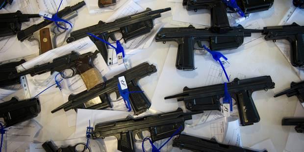Liège : le directeur du banc d'épreuves des armes à feu suspecté d'avoir détourné 260 armes ! - La DH