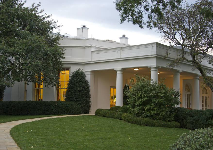 galerie de photos en images les prestigieux salons bureaux et jardins de la maison blanche. Black Bedroom Furniture Sets. Home Design Ideas