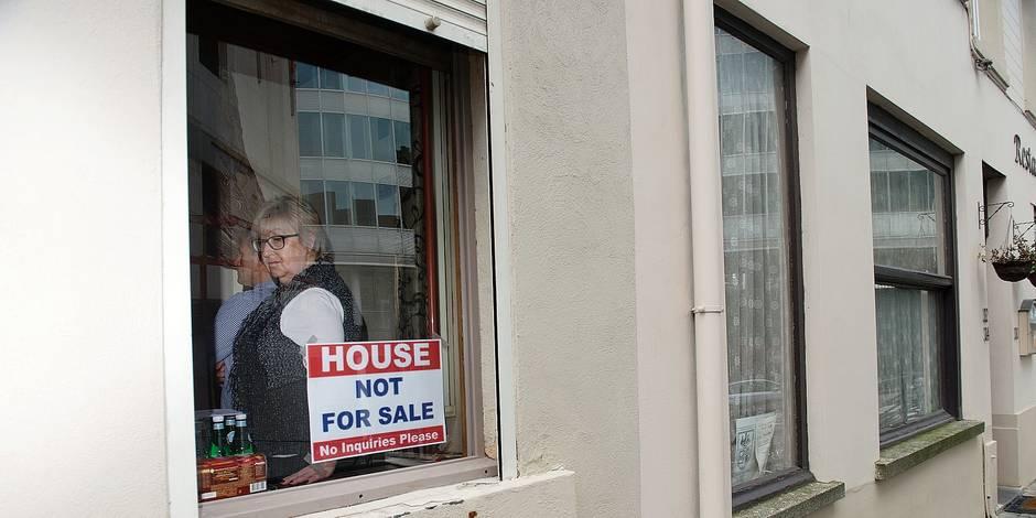 Bruxelles - Saint Josse: A.P.Q.N. (assiciations des propriétaires du quartier nord) se mobilise contre les dernières mesures relatives à la prostitution prises par le bourgmestre Emir Kir (PS)