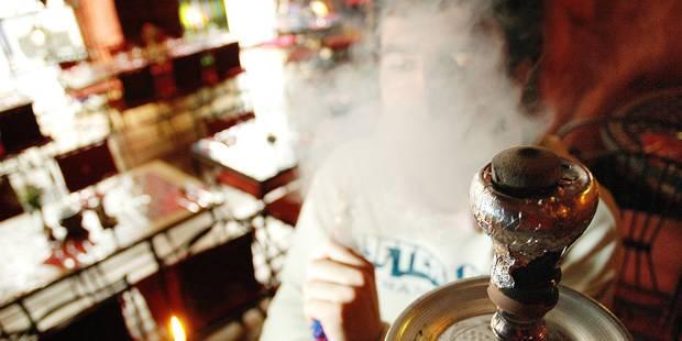 Illégaux, les bars à chicha persistent - La DH
