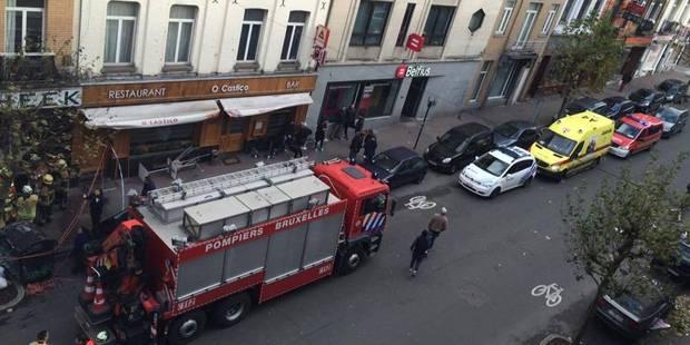 Intempéries à Bruxelles: une cheminée s'effondre sur un passant - La DH