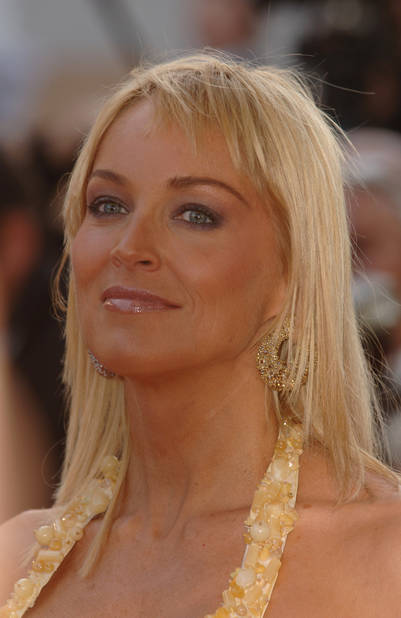 G Anthony Moore Sharon Stone en 20 cou...