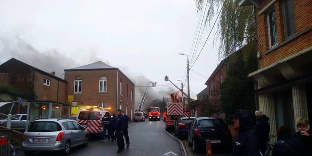 Wanze : le feu provoque d'importants dégâts - La DH