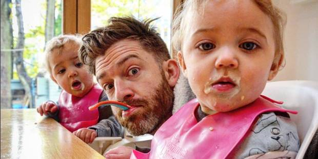 Quand un papa dévoile ce qu'être père de 4 filles signifie REELLEMENT sur Instagram - La DH