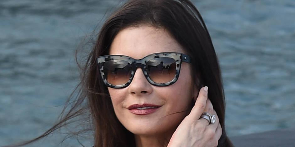 Catherine Zeta-Jones prend sa revanche sur les paparazzis