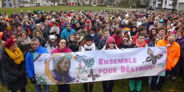 Arlon: des centaines de personnes marchent en souvenir de Béatrice Berlaimont (PHOTOS) - La DH