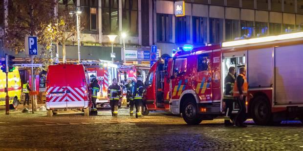 Panique à Liège après un incendie dans le parking Opéra: 2 personnes intoxiquées (PHOTOS) - La DH