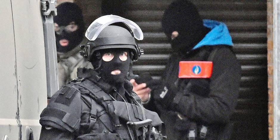 Traque des frères Abdeslam: ces policiers belges d'origine maghrébine qu'on n'a pas pris au sérieux - La DH