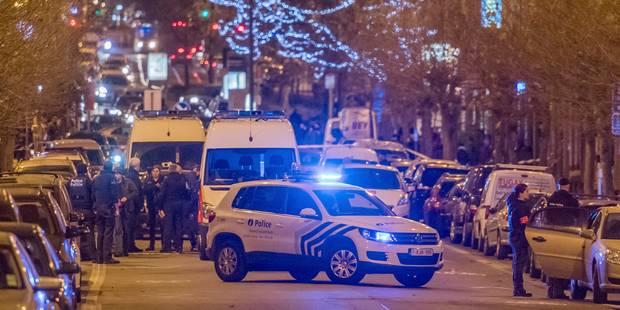 Opération antiterroriste à Schaerbeek: arrestation de A.B., des armes saisies - La DH