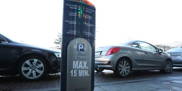 Woluwe-Saint-Lambert: des bornes intelligentes pour limiter le parking gratuit à 15 minutes - La DH