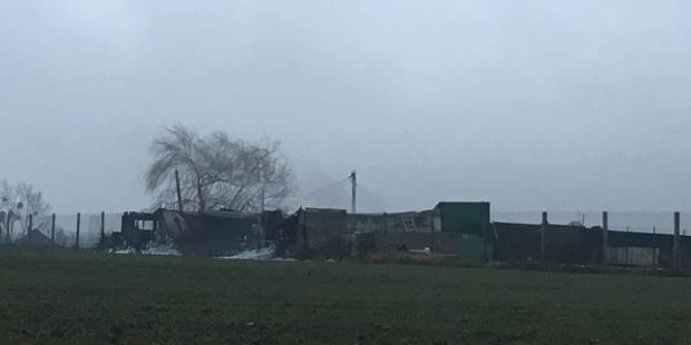 Violent incendie de bâtiment à Couthuin - La DH