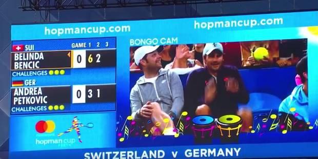 Federer met le feu en tribunes (VIDEO) - La DH