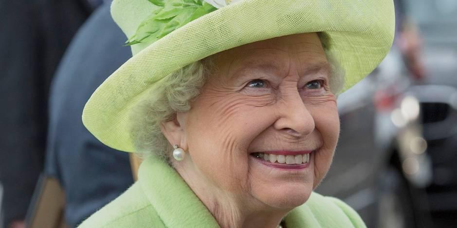 La reine d'Angleterre a failli être abattue… et elle le prend bien!