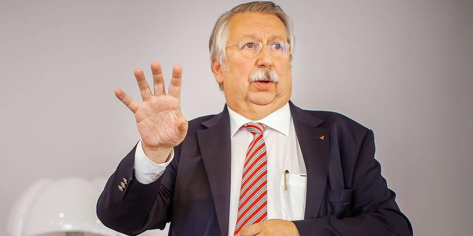 """André Flahaut: """"En Belgique, tout ce qui est public, on le dégage"""" - La DH"""