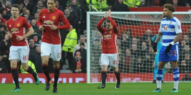Wayne Rooney rejoint Bobby Charlton comme meilleur buteur de Manchester United