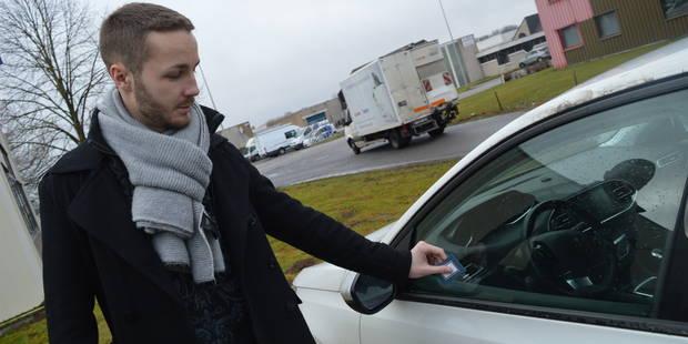 Waterloo: Marre des cartes de visite sur les voitures! - La DH