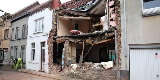La thèse du suicide avancée après une explosion à Leuze-en-Hainaut (PHOTOS + VIDEOS) - La DH