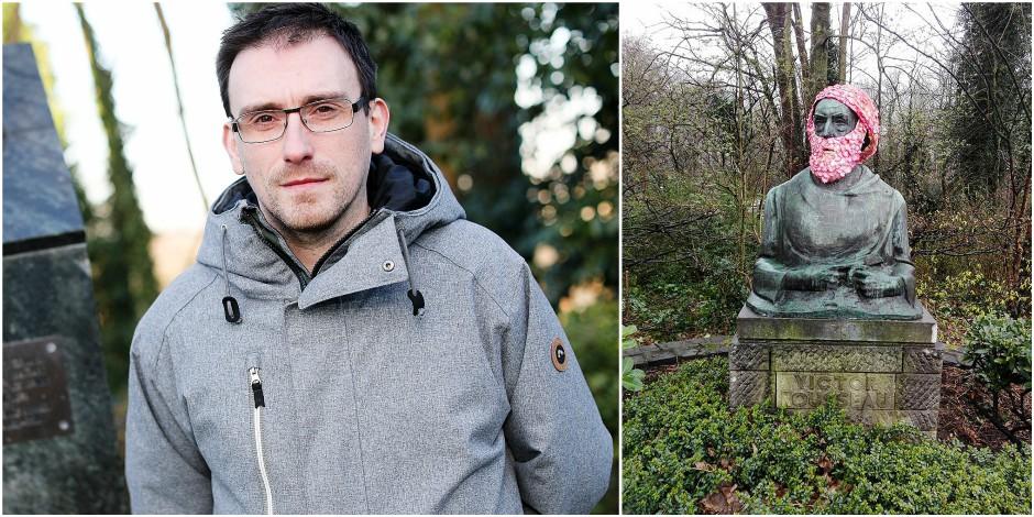 Le Brusseleir de la semaine: Geoffroy Mottart fleurit les statues pour égayer les parcs