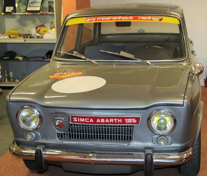 Cette Simca Abarth 1150 a été construite à 400 unités  en 1963.