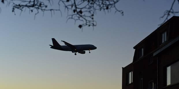 """Une enquête ouverte après un """"incident sérieux"""" entre deux avions au-dessus de Gand - La DH"""