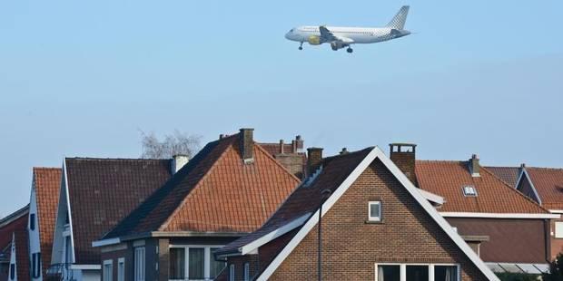 Des Bruxellois en justice contre Brussels Airport - La DH