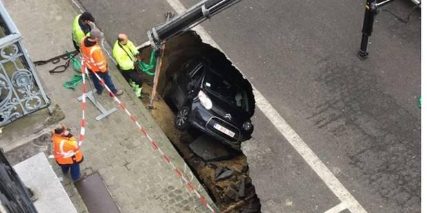 Spectaculaire affaissement d'un tronçon de la rue Stevin à Bruxelles: voici pourquoi (PHOTOS + VIDEO) - La DH