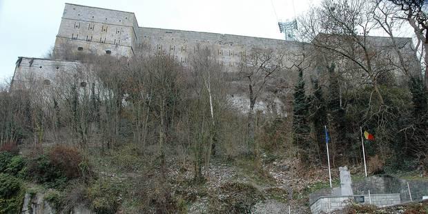 Une (très) longue marche pour rejoindre le fort de Huy - La DH