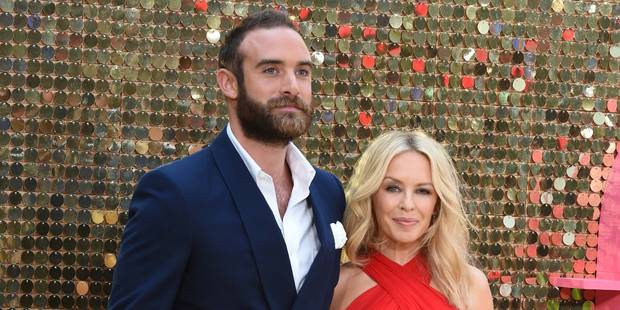 Kylie Minogue annule ses fiançailles - La DH