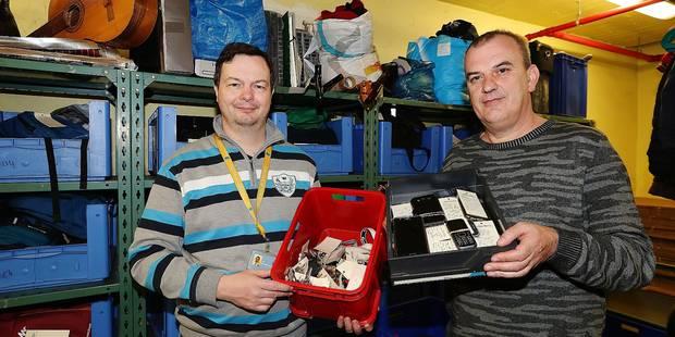 17.000 objets égarés sur le réseau de la Stib en 2016 - La DH
